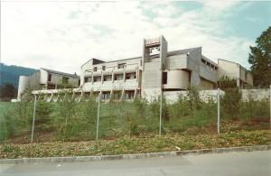 Monastere tout neuf 1980